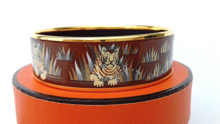 Hermès Printed Enamel Bracelet Tigers in the Herbs Joachim Metz GHW Size 65 RARE For Sale 2