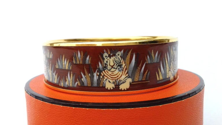 Hermès Printed Enamel Bracelet Tigers in the Herbs Joachim Metz GHW Size 65 RARE For Sale 3