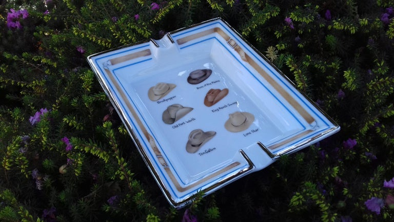 Gray Hermès Printed Porcelain Cigar Ashtray Change Tray Cowboy Hats Rodeo Texas RARE For Sale