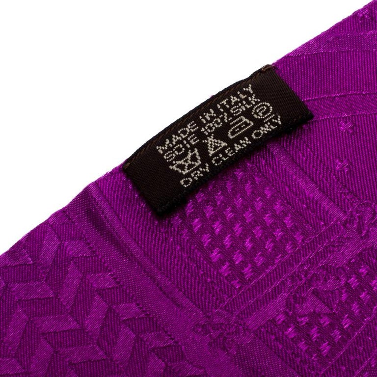 Hermès Purple Cavalcadour Motif Silk Jacquard Maxi Twilly Scarf For Sale 1