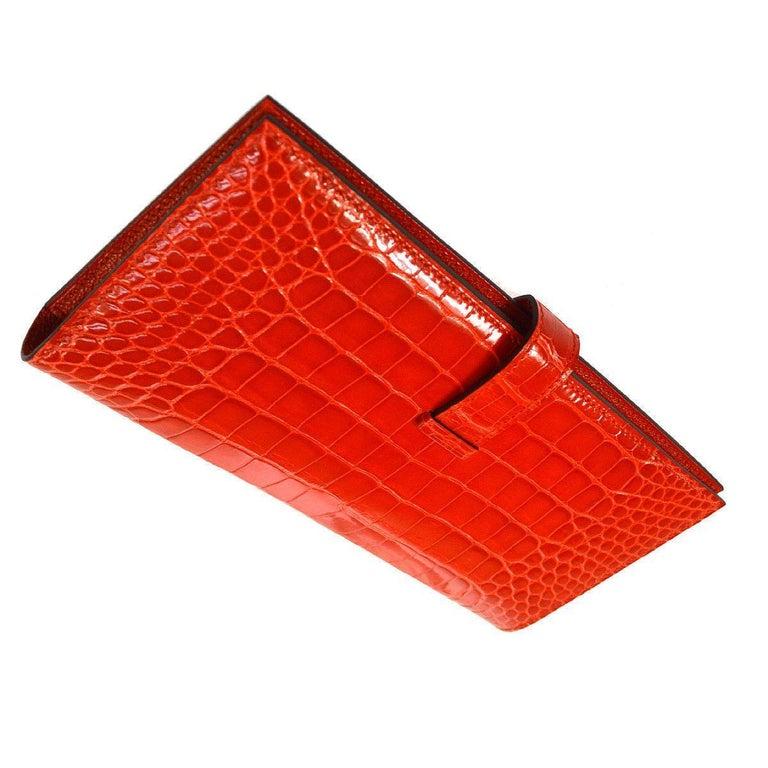 Red Hermes Alligator Exotic Leather 'H' Logo Gold Evening Clutch Wallet Bag in Box For Sale