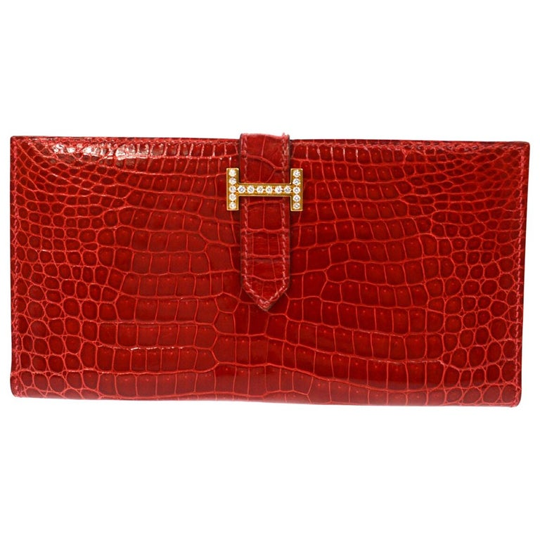 Hermes Red Crocodile Exotic Leather Diamond 'H' Gold Envelope Clutch Wallet For Sale