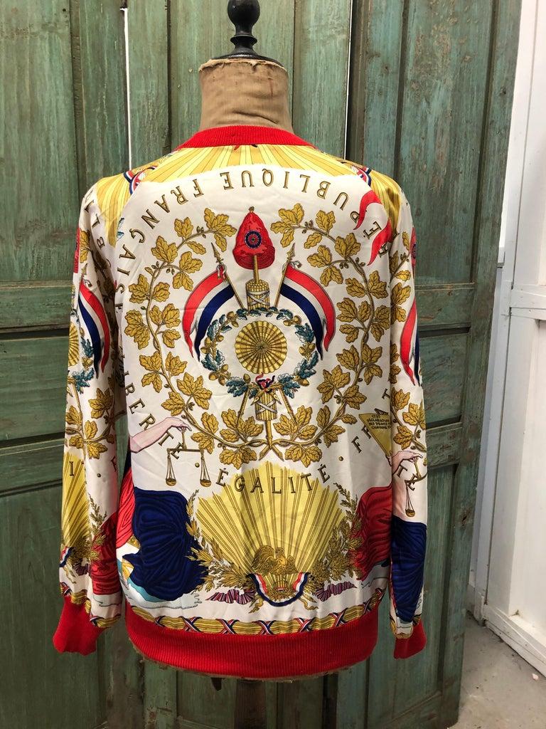 Hermes République Francaise Liberté Égalité Fraternité 1789 Silk Sweater In Good Condition For Sale In Chillerton, Isle of Wight