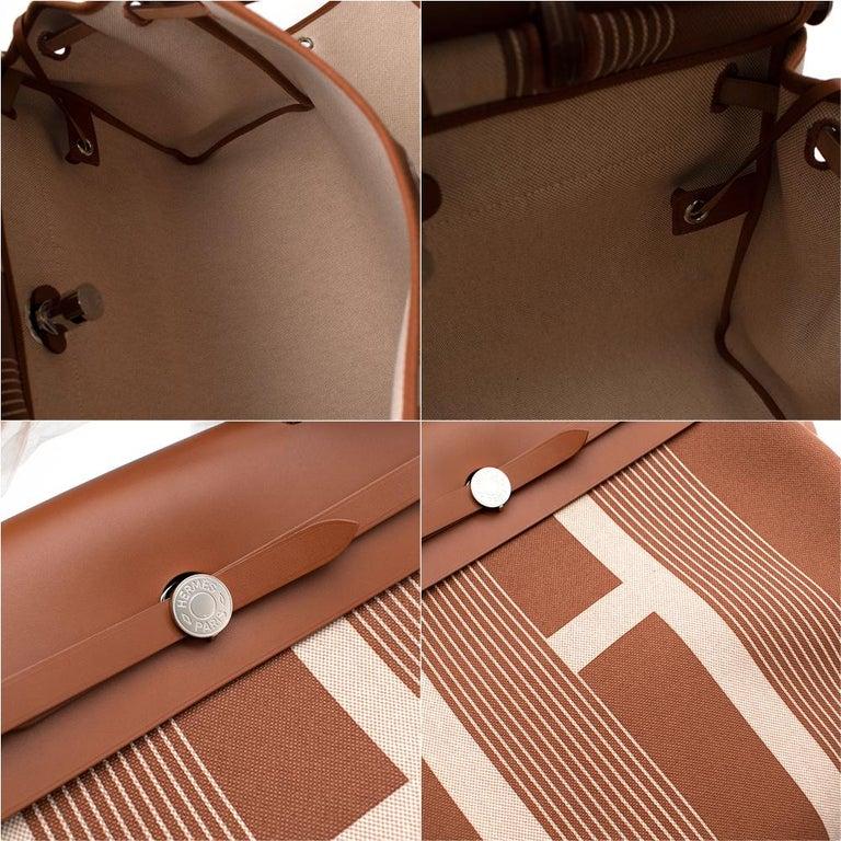 Hermès Retourné HerBag Zip 29 in Toile H Plume H Vibration Canvas  2