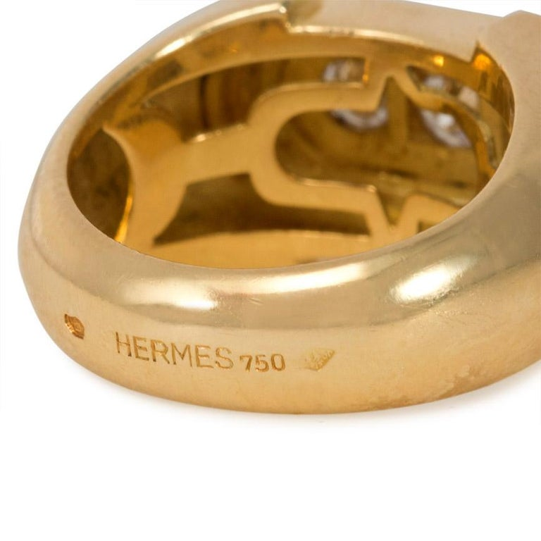 Women's or Men's Hermès Retro Style Gold and Three-Stone Diamond Ring For Sale
