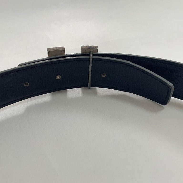 HERMES Reversible Belt in Off-White and Black Color Size 75 For Sale 4
