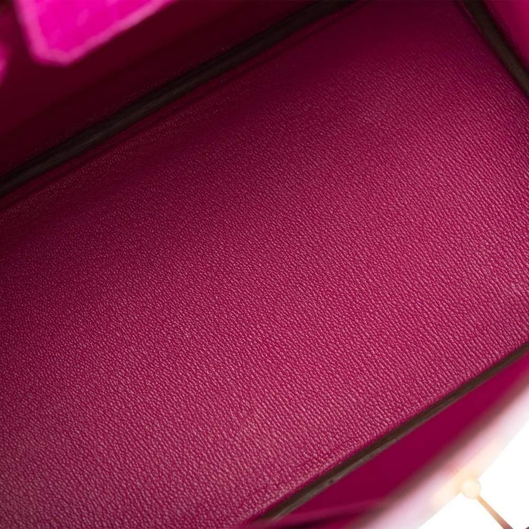 Hermès Rose Scheherazade Niloticus Crocodile Birkin 25cm Gold Hardware In New Condition For Sale In Delray Beach, FL