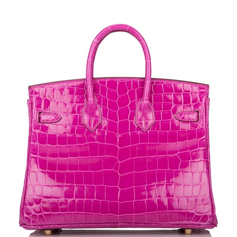 Hermès Rose Scheherazade Niloticus Crocodile Birkin 25cm Gold Hardware For Sale 2