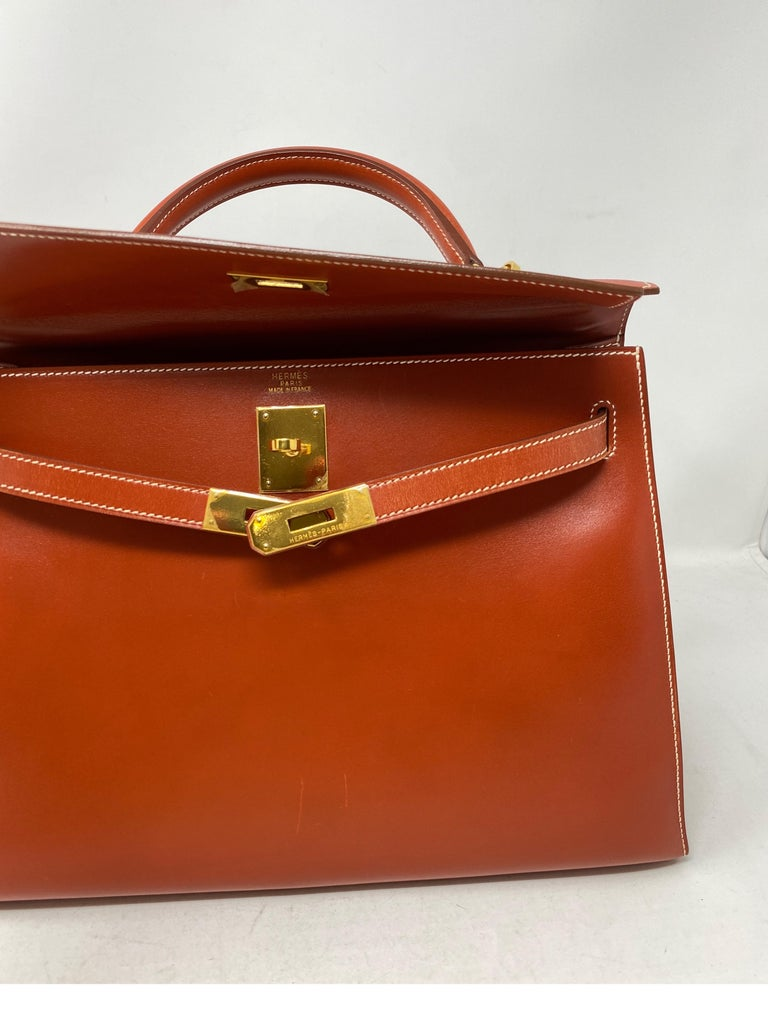 Hermes Rouge Kelly 35 Tadelakt Griss Interior Bag For Sale 8