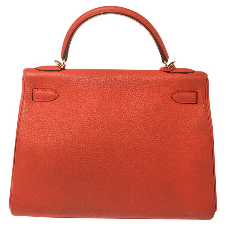 Inspired by none other than Grace Kelly of Monaco, Hermes Kelly is carefully hand-stitched to perfection. This Kelly Retourne is crafted from leather and has gold-tone hardware. Retourne has a more casual look and is stitched on the inside thus