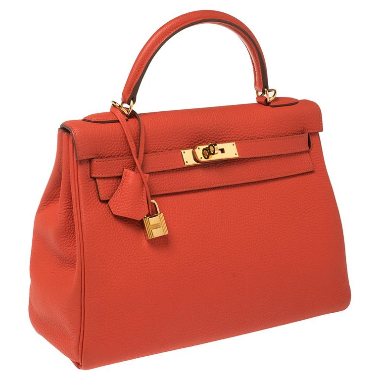 Hermes Rouge Pivoine Togo Leather Gold Hardware Kelly Retourne 32 Bag In Good Condition For Sale In Dubai, Al Qouz 2