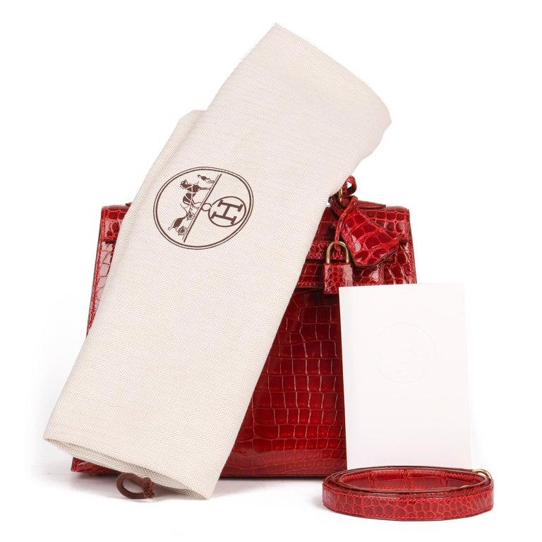 Hermès Rouge Vif Shiny Porosus Crocodile Leather Vintage Kelly 25cm Sellier For Sale 6