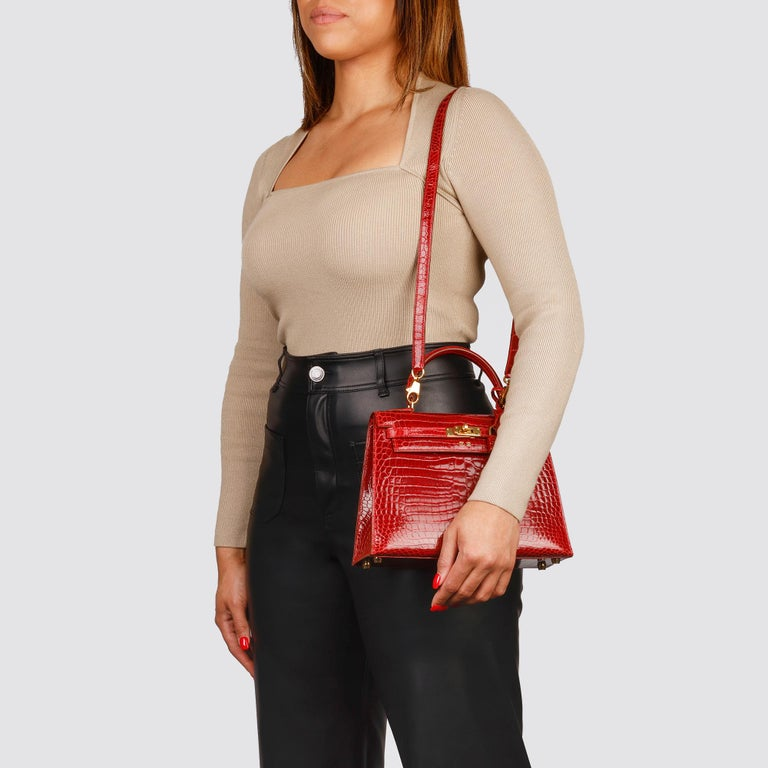 Hermès Rouge Vif Shiny Porosus Crocodile Leather Vintage Kelly 25cm Sellier For Sale 7