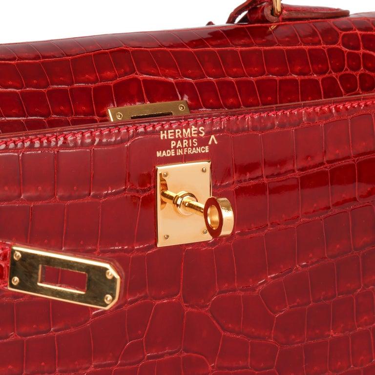 Hermès Rouge Vif Shiny Porosus Crocodile Leather Vintage Kelly 25cm Sellier For Sale 3
