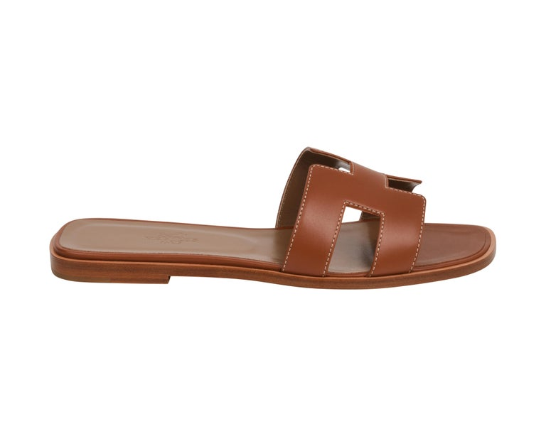 Hermes Sandal Flat Oran Gold Box Calfskin 36.5 / 6.5 New In New Condition For Sale In Miami, FL