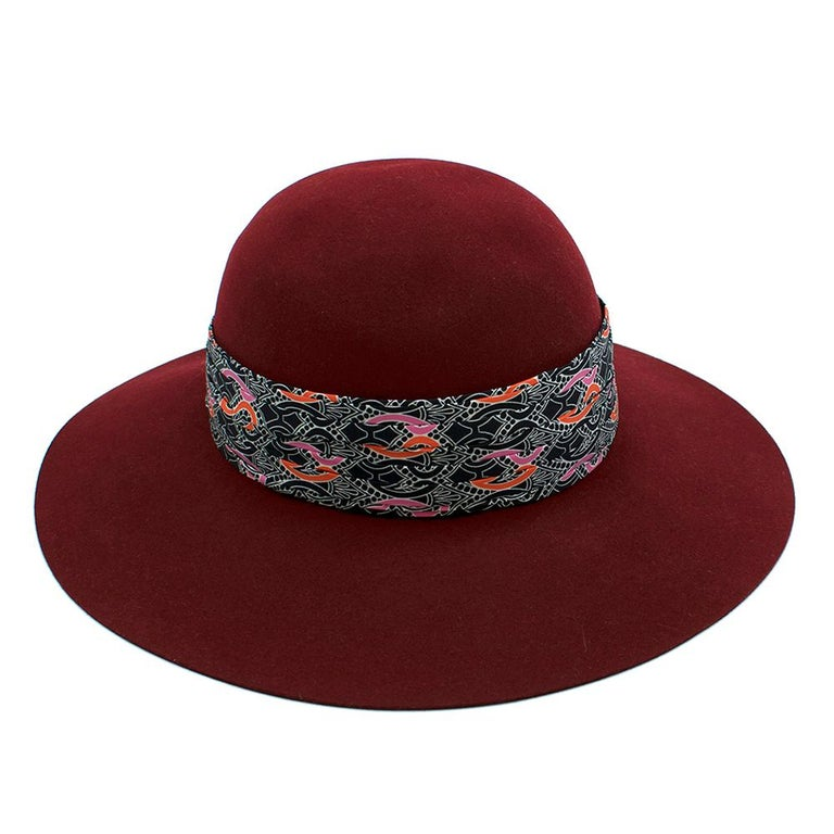 Hermes Scarlett Rabbit Felt Hat with silk bandeau In Excellent Condition For Sale In London, GB