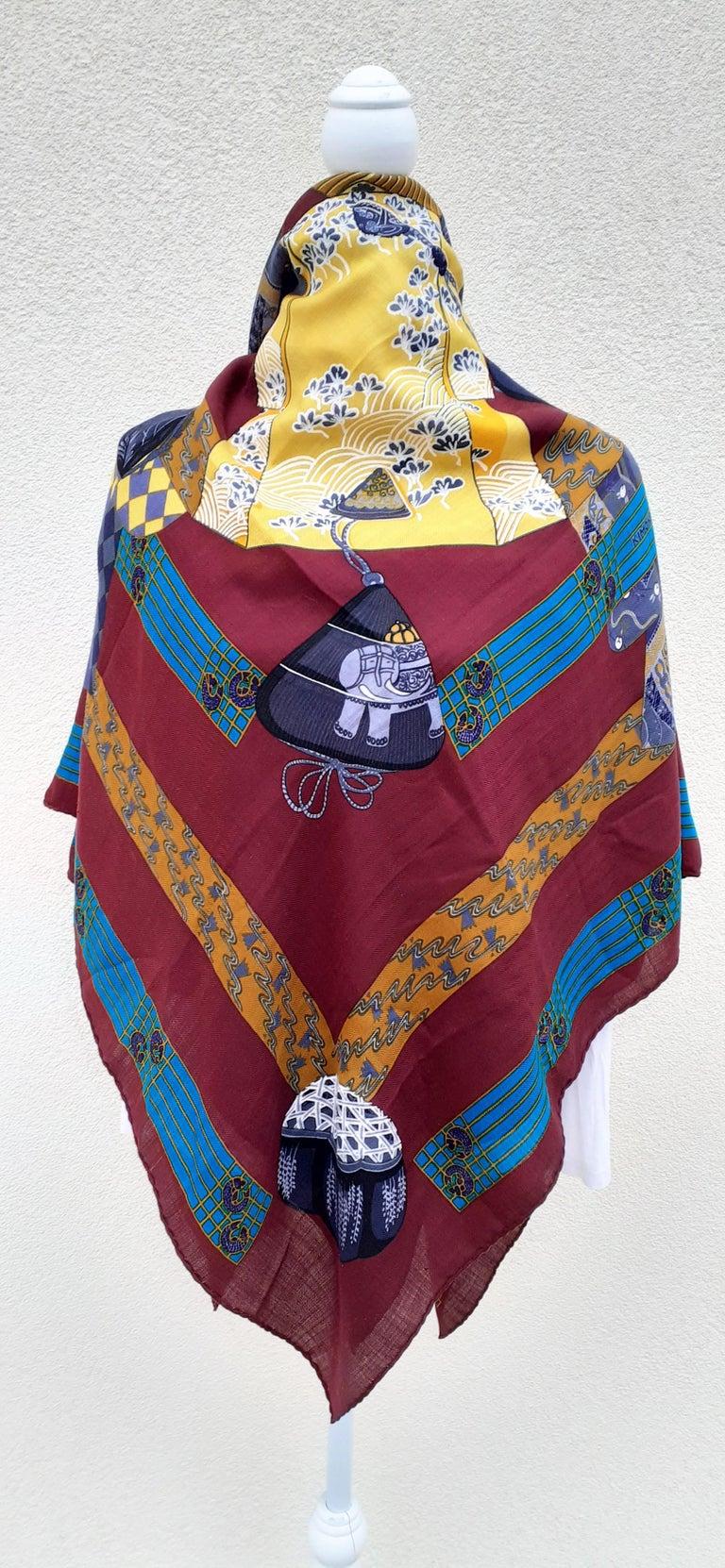 Hermès Shawl Scarf Kimonos et Inros Annie Faivre Cashmere Silk 54 inches For Sale 12