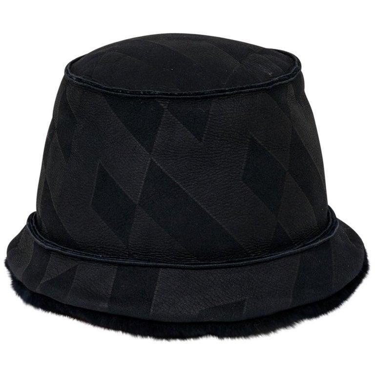 Hermes Shearling Lambskin Bucket Hat 59 New For Sale