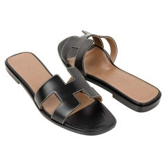 Hermes Shoes Flat Oran Sandal Black Calfskin White Top Stitch 37 / 7 New w/ Box