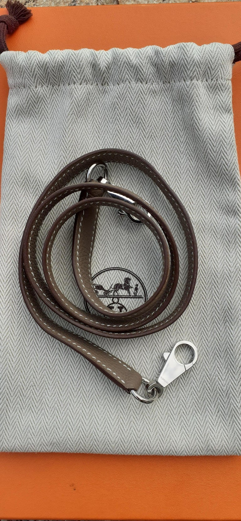 Hermès Shoulder Strap Etoupe Togo Leather Palladium Hardware  For Sale 5
