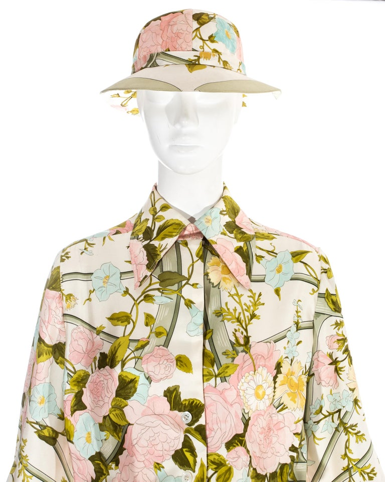Hermes silk floral maxi shirt dress with matching sunhat, c. 1970s In Excellent Condition For Sale In London, GB