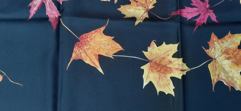 Hermès Silk Scarf A Walk In the Park Leigh P Cooke Leaves Black 90 cm  For Sale 6