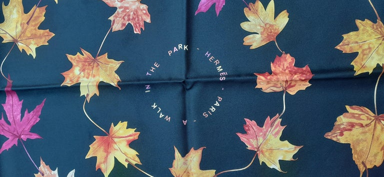 Hermès Silk Scarf A Walk In the Park Leigh P Cooke Leaves Black 90 cm  For Sale 3