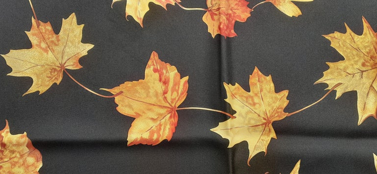 Hermès Silk Scarf A Walk In the Park Leigh P Cooke Leaves Black 90 cm  For Sale 4