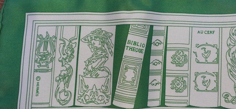 Hermès Small Silk Scarf Gavroche Bibliothèque Books White Green 42 cm 5