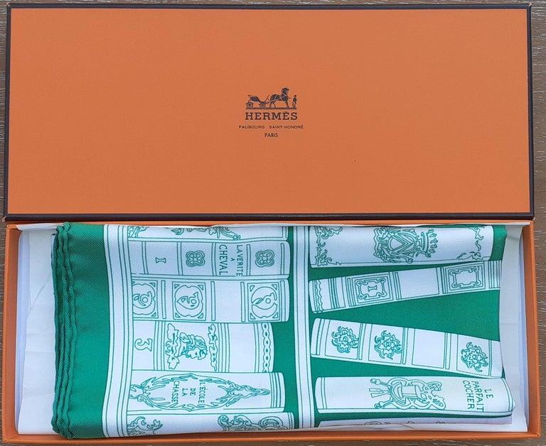 Hermès Small Silk Scarf Gavroche Bibliothèque Books White Green 42 cm 7