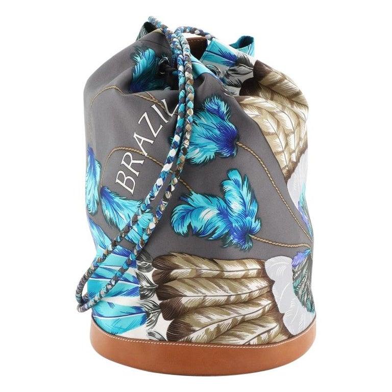 Hermes Soie Cool Handbag Printed Silk and Calfskin Medium For Sale