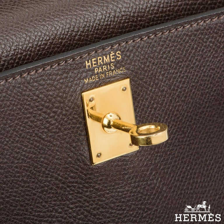 Women's Hermès Special Order Kelly Bi Colour 25cm Chocolate / Orange H Epsom Handbag For Sale
