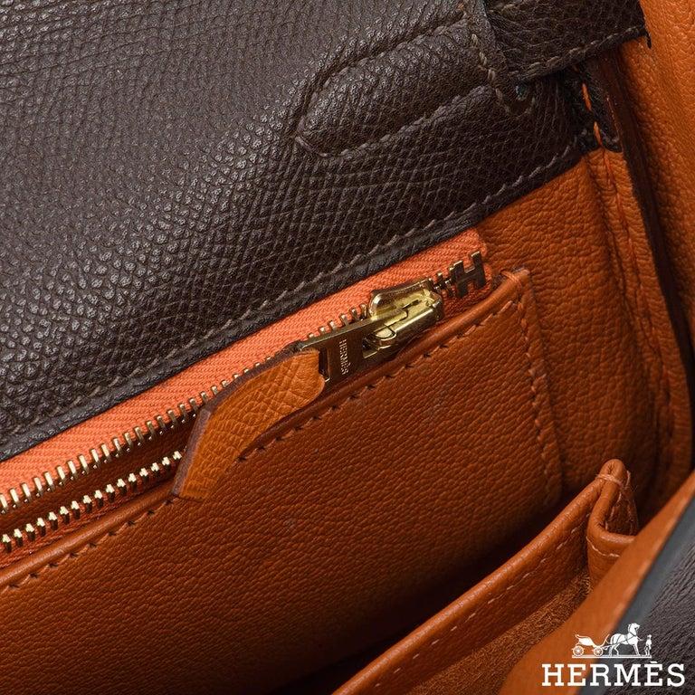 Hermès Special Order Kelly Bi Colour 25cm Chocolate / Orange H Epsom Handbag For Sale 2