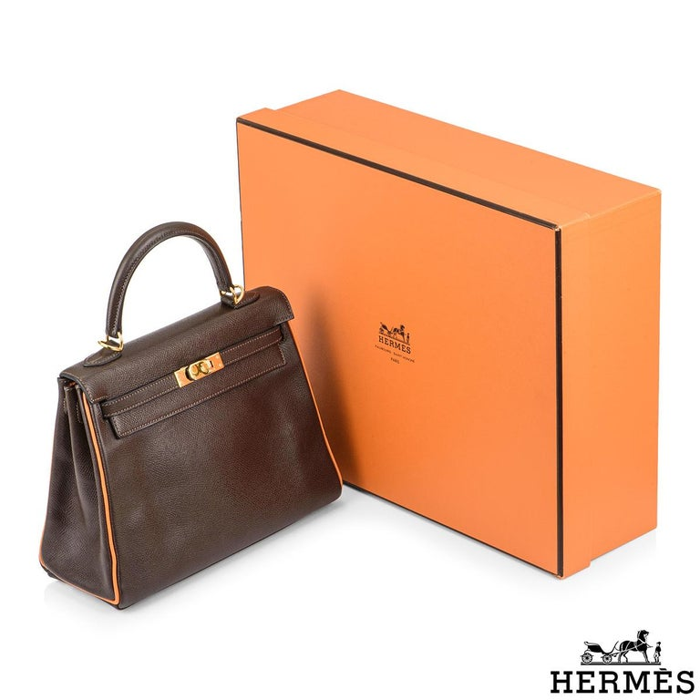 Hermès Special Order Kelly Bi Colour 25cm Chocolate / Orange H Epsom Handbag For Sale 4