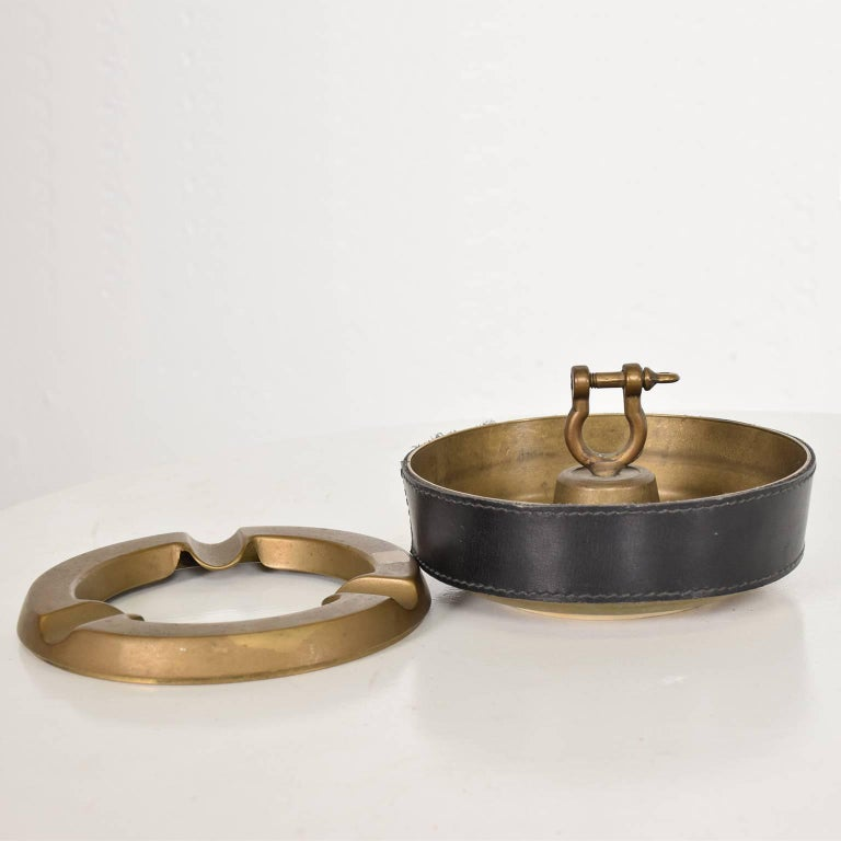 Mid-20th Century Hermes Style Brass and Leather Ashtray, Italy, 1960s For Sale
