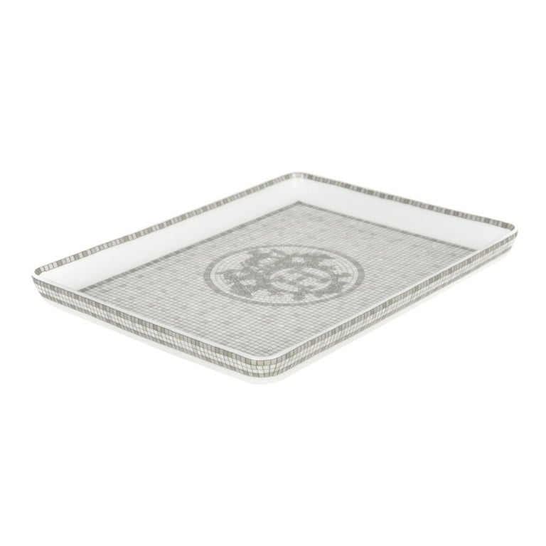 Hermes Sushi Plate Mosaique Au 24 Platinum Small Model Porcelain In New Condition For Sale In Miami, FL