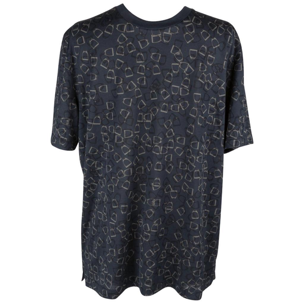 99e14229edb Vintage Hermès Shirts - 43 For Sale at 1stdibs