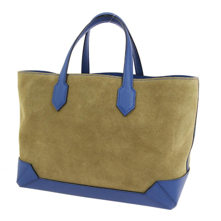 Hermes Tan Suede Blue Leather Carryall Top Handle Satchel Travel Tote Bag In Good Condition For Sale In Chicago, IL