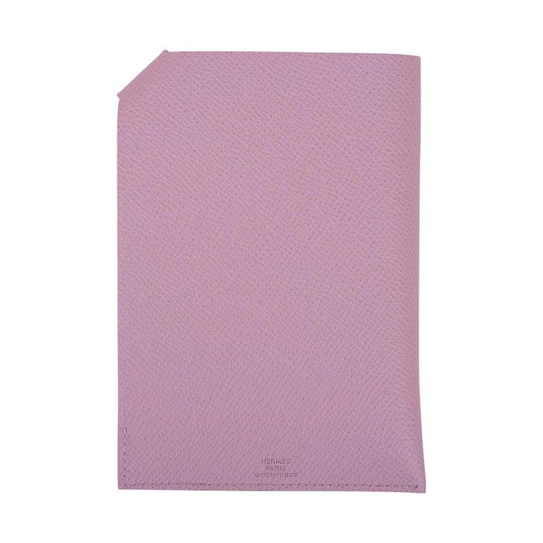 Hermes Tarmac Passport Holder Mauve Sylvestre New w/ Box For Sale 2