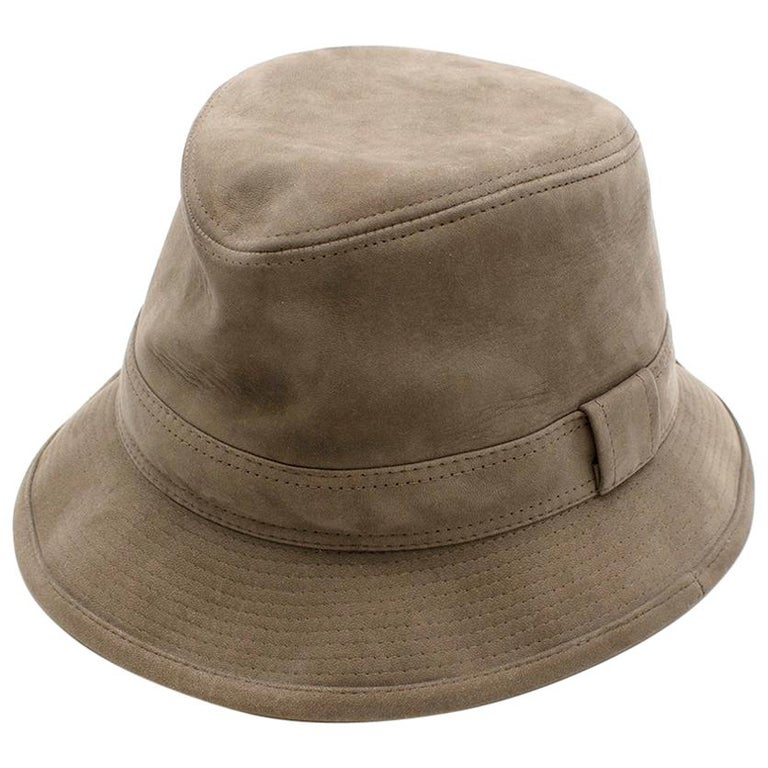 Hermes Taupe Suede Lambskin Bucket Hat For Sale