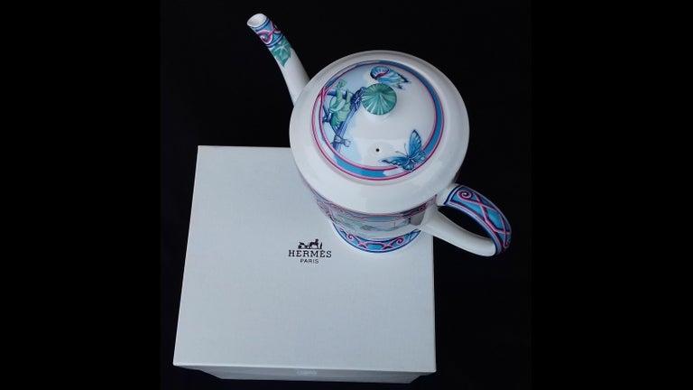 Hermès Teapot Tea Pot Porcelain Jardin des Papillons Butterflies Garden Rare For Sale 11