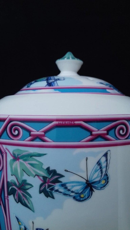 Hermès Teapot Tea Pot Porcelain Jardin des Papillons Butterflies Garden Rare For Sale 1
