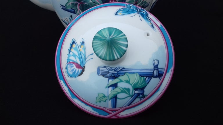 Women's or Men's Hermès Teapot Tea Pot Porcelain Jardin des Papillons Butterflies Garden Rare For Sale