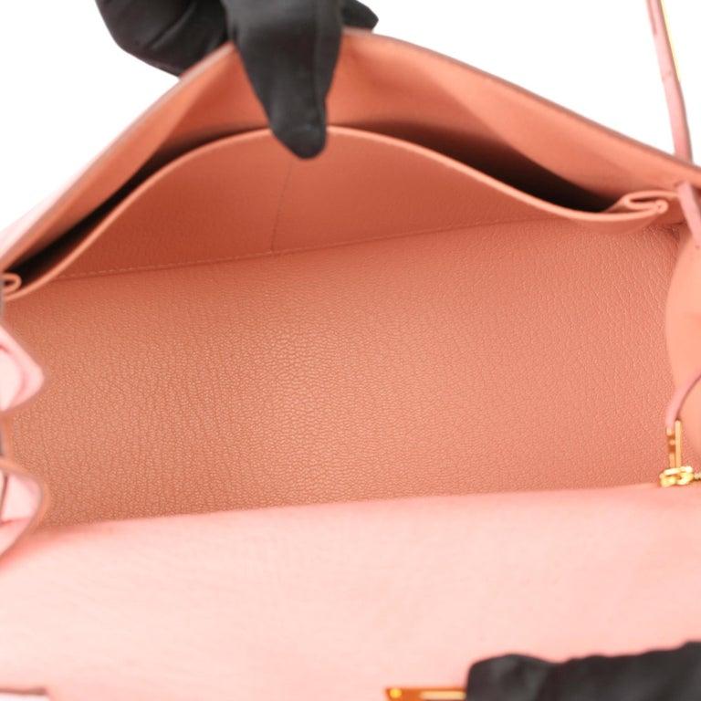 Women's Hermès Terre Cuite Ostrich Leather Kelly 28cm Sellier For Sale