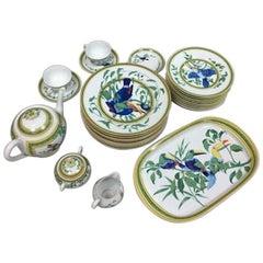 """Hermès """"Toucan"""" Porcelain Dinnerware Service 31 Pieces"""