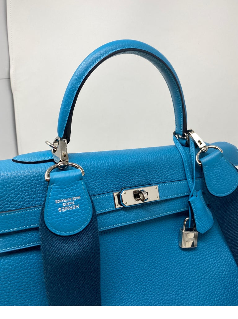 Hermes Turquoise Kelly II Retourne 35 Bag In Excellent Condition For Sale In Athens, GA