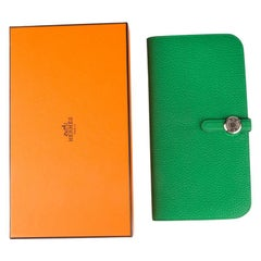 HERMES Vert Bamboo green Togo leather DOGON RECTO-VERSO Wallet