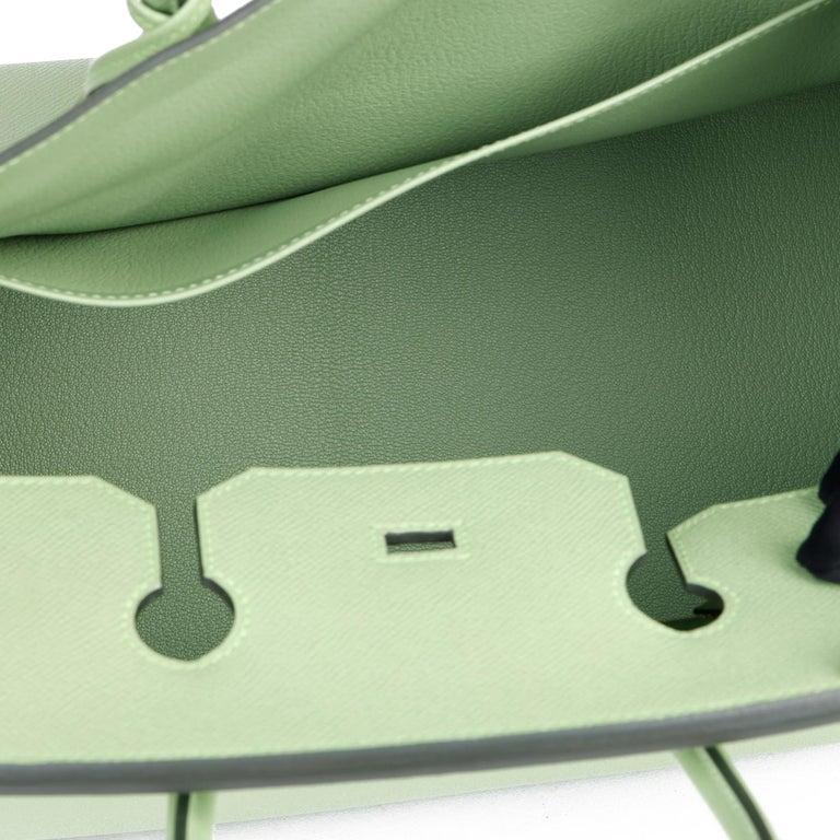 Hermès Vert Criquet Epsom Leather Birkin 35cm  For Sale 6