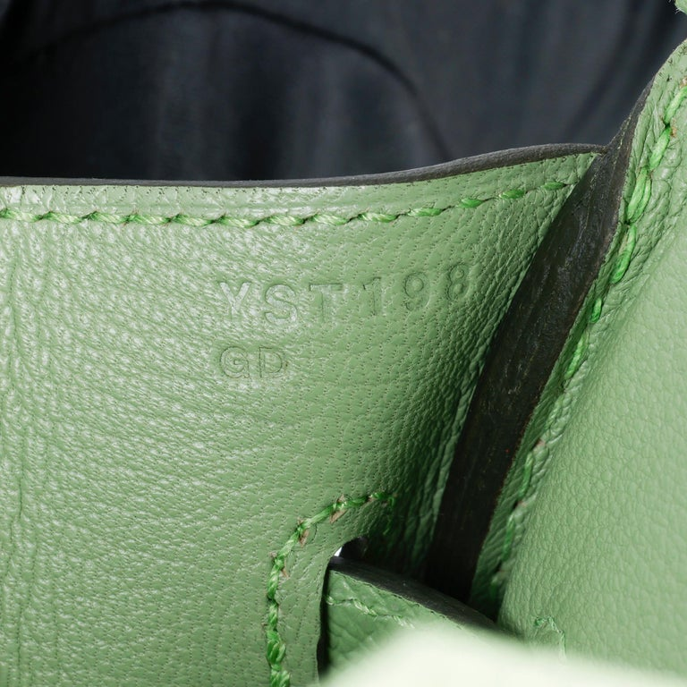 Hermès Vert Criquet Epsom Leather Birkin 35cm  For Sale 5
