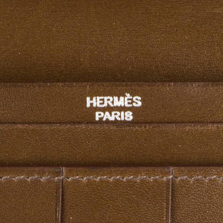 HERMES Vert Olive green Box leather BEARN Wallet For Sale 1